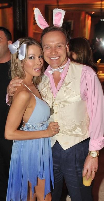 Lisa hochstein wedding