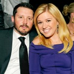 Kelly Clarkson & Husband Brandon Blackstock Are Expecting First Child