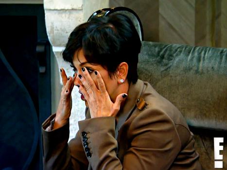 Kris Jenner-crying
