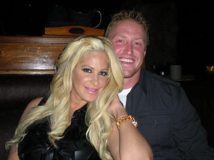 EXCLUSIVE: Kim Zolciak Debuts Her Twins, Kaia Rose and ...