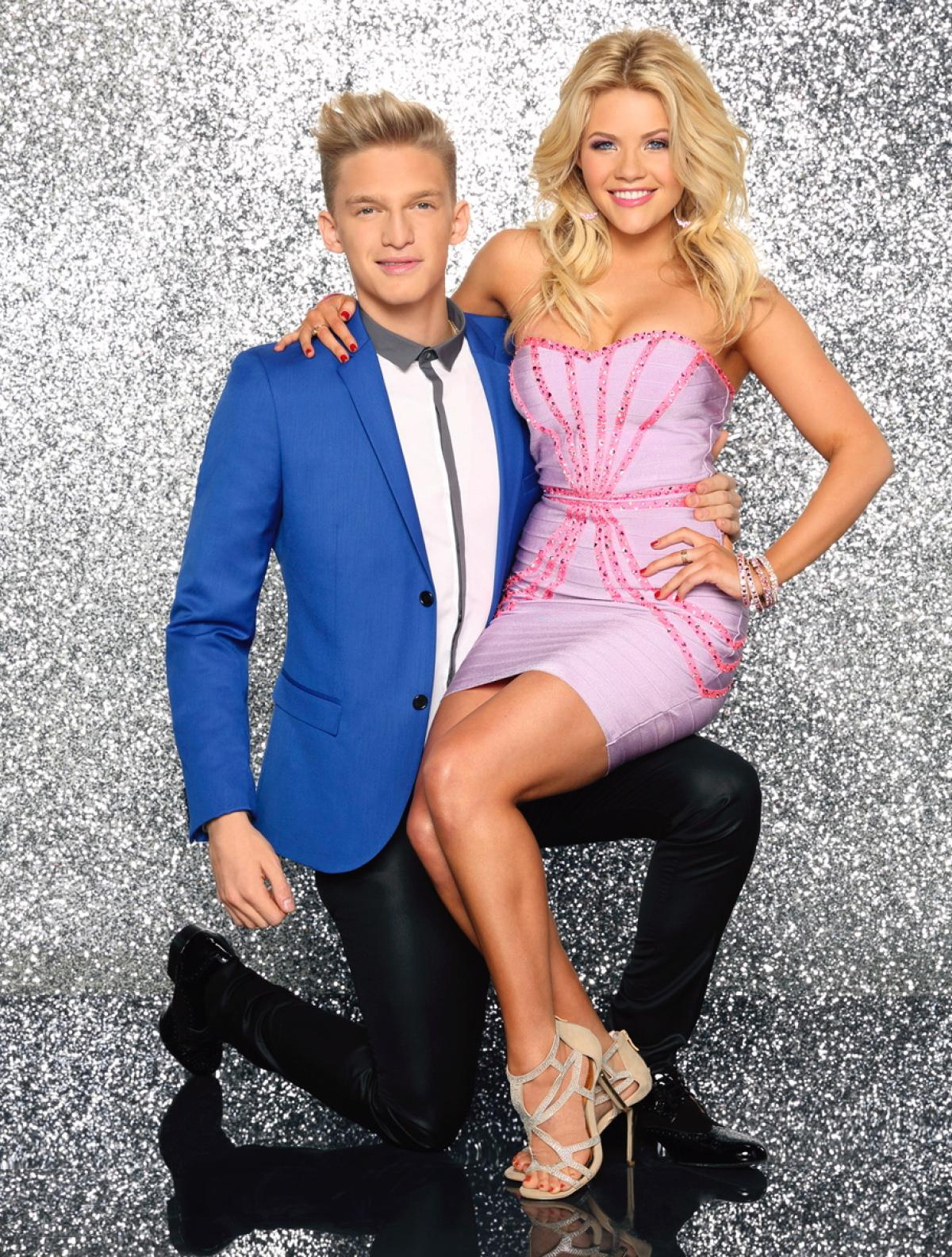 is cody simpson dating witney carson