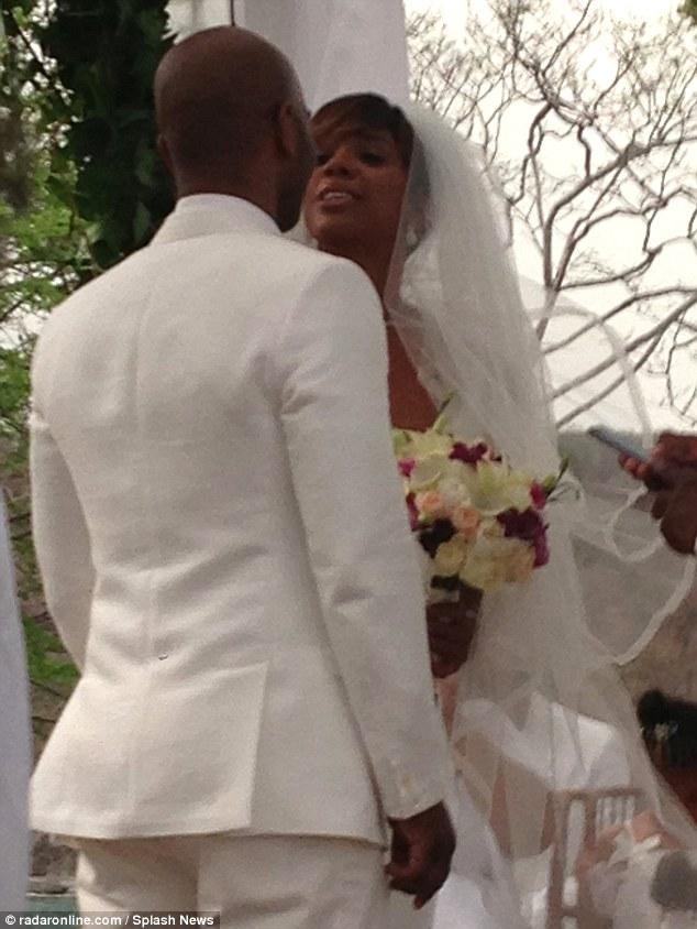 Kelly Rowland-wedding3