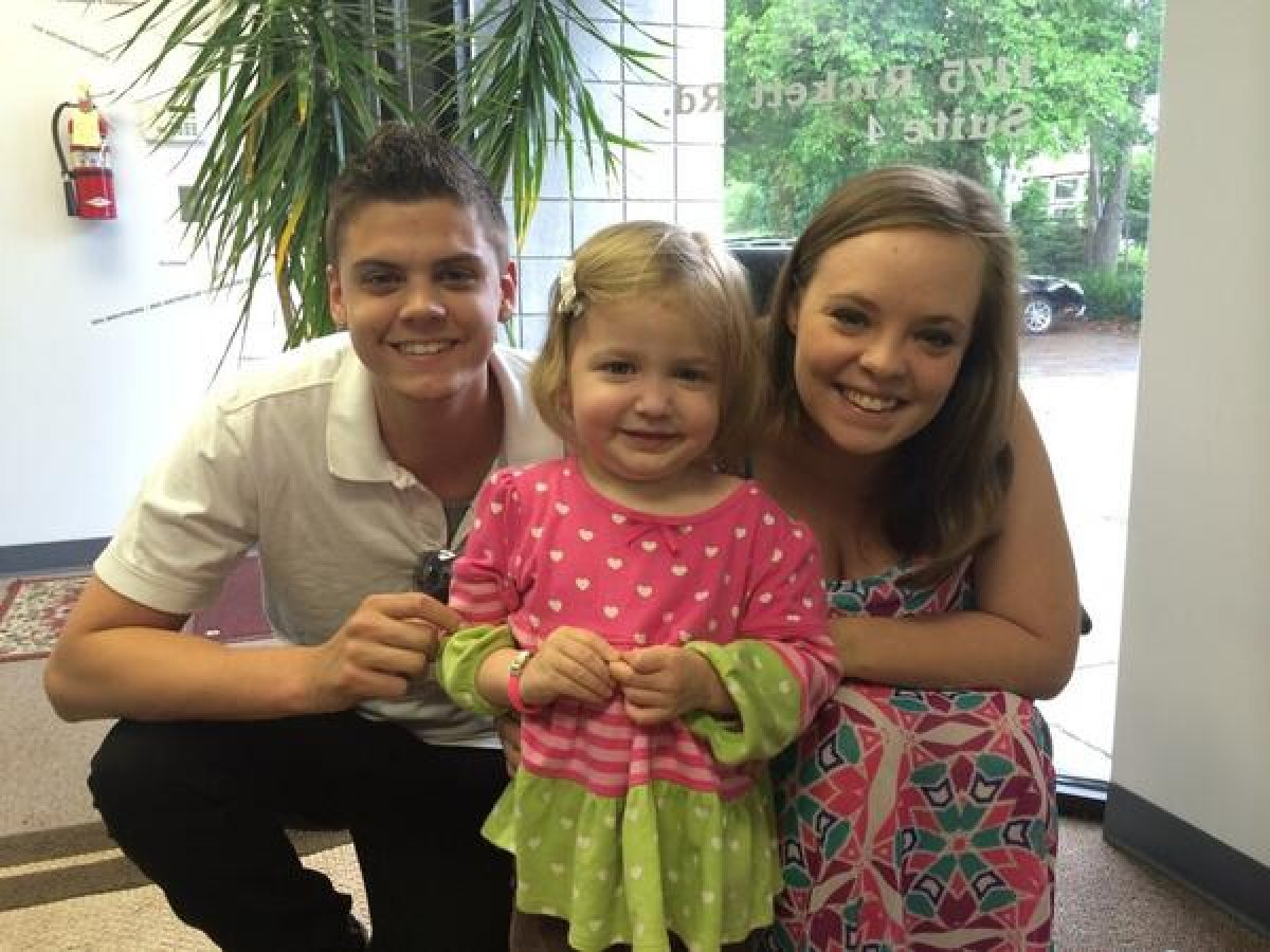 catelynn lowell amp kailyn lowry raise money for girl with