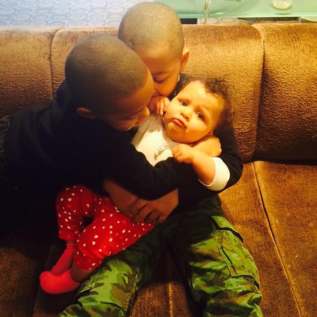 Peter Gunz Amp Tara Wallace S Son S Love Their Baby Sister