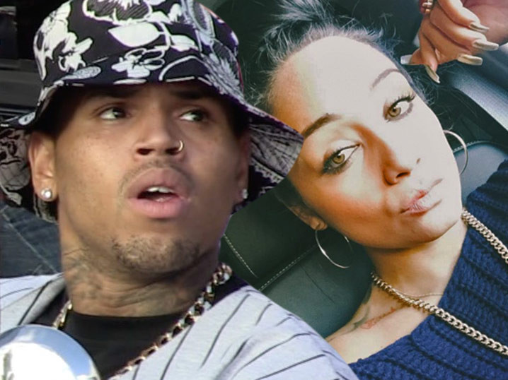 ti daughter dating chris brown Paris jackson poses for a photo with chris brown at her 20th birthday chris was arrested in farrah abraham gets butt fillers while her daughter.