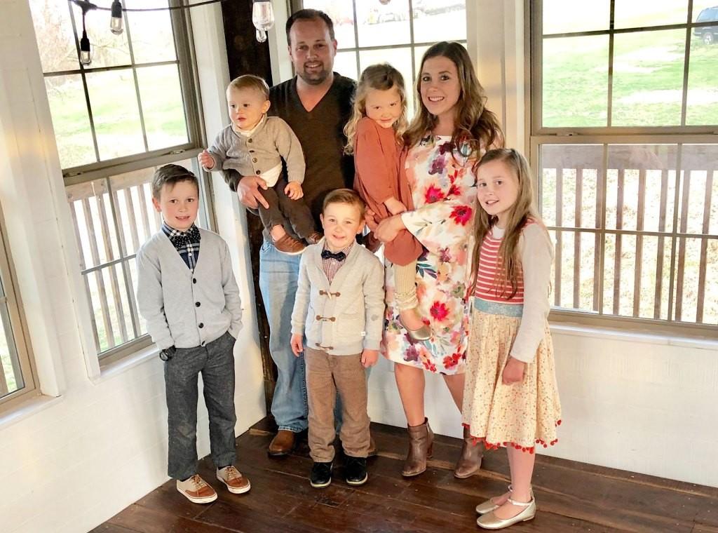 Josh-Duggar-Anna-Duggar-Pregnant-Family