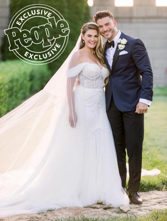 Brittany Cartwright-Jax Taylor-wedding-1