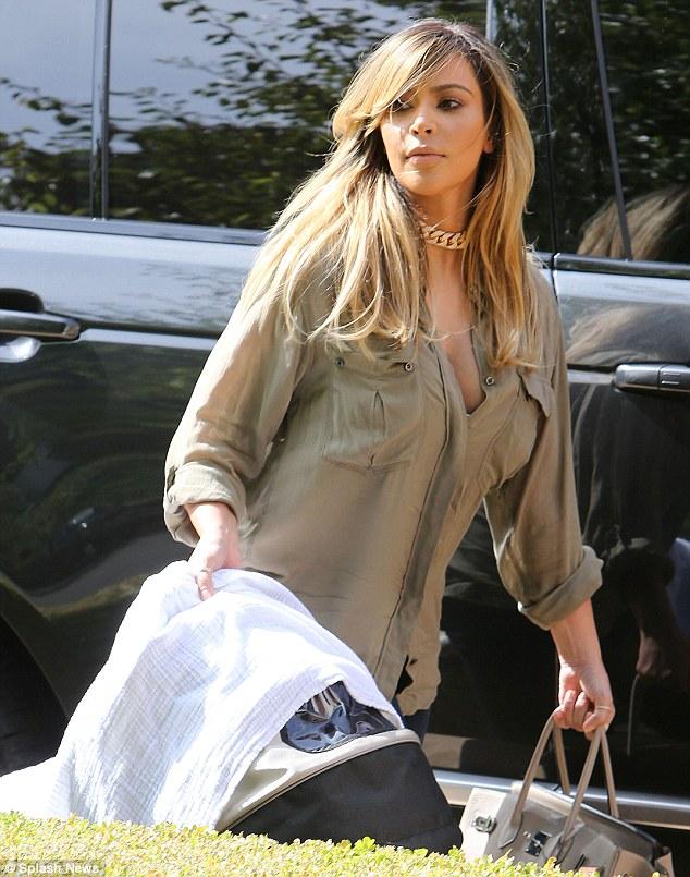 kim kardashian-blonde hair