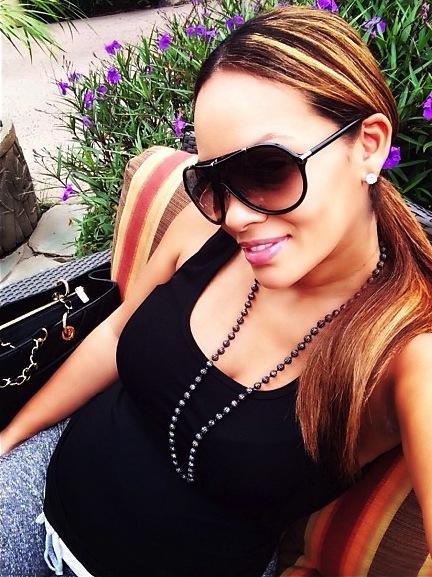 Evelyn-Lozada-Pregnant-hawaii