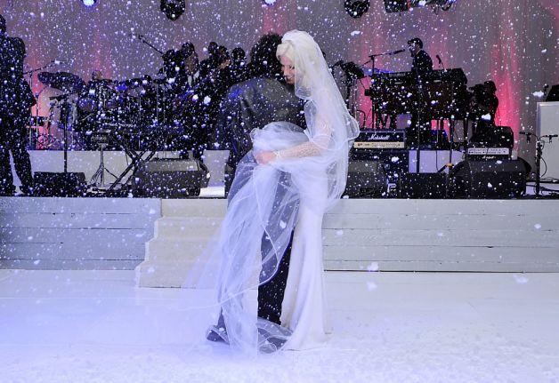 Michaele-Neal Schon dance