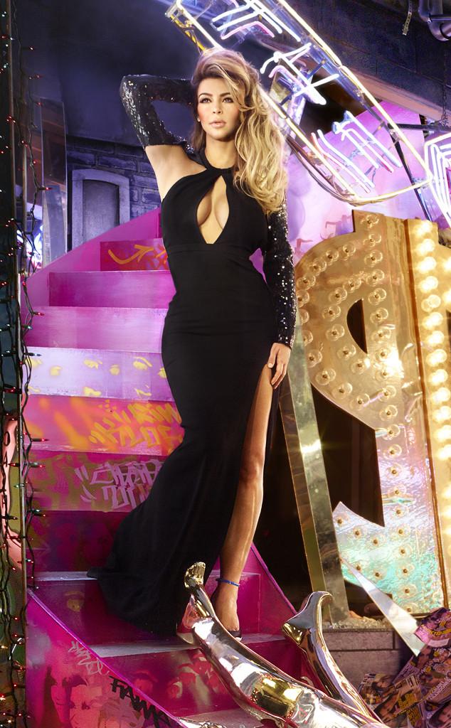 kim kardashian-xmas card-2013_1
