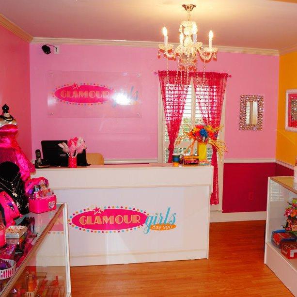 Glamour Girls Day Span-fb