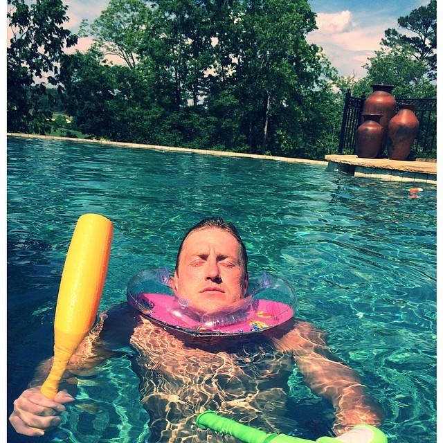 kroy biermann-neck float
