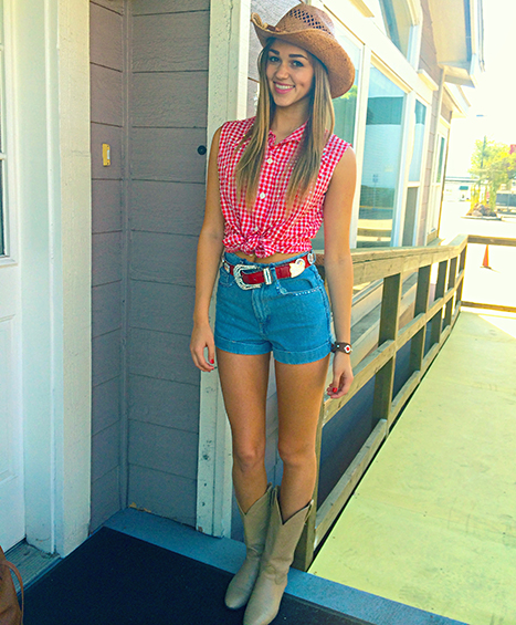 Sadie Robertson-country-outfit