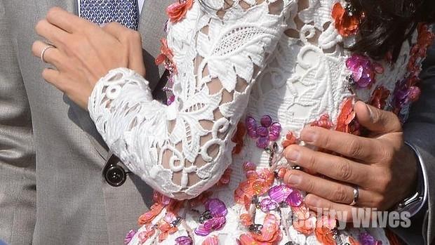 george-amal clooney-wedding rings