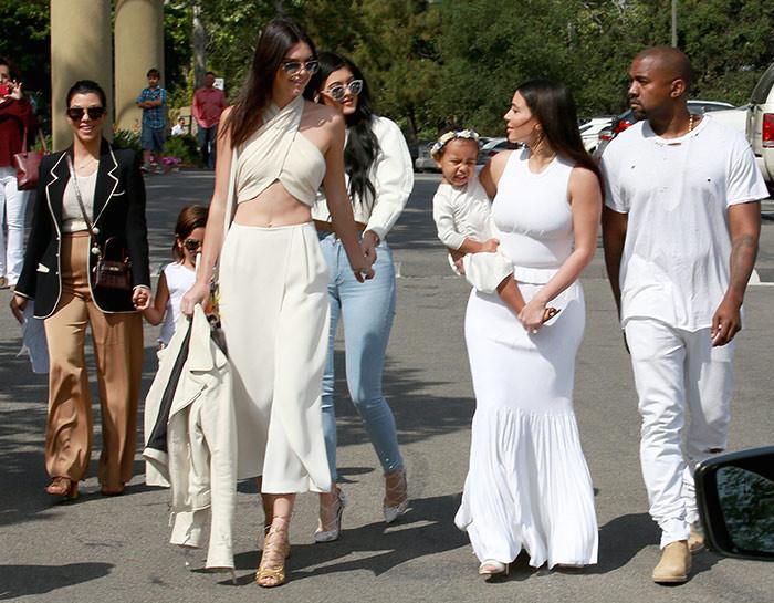 kardashian-easter 2015