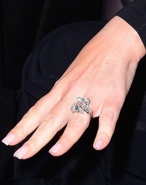 Mariah Carey_engagement ring