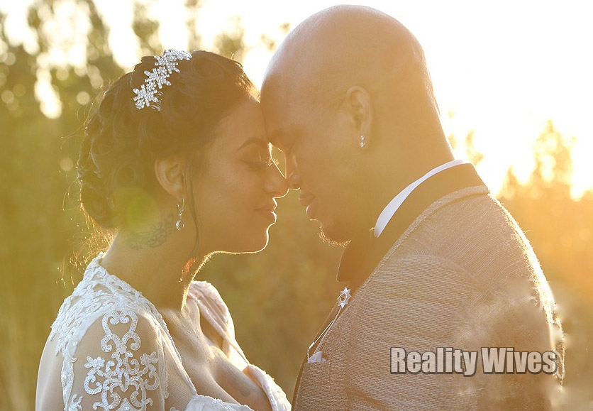 Crystal Williams & Ne-Yo during their marriage ceremony 20th February, 2016.