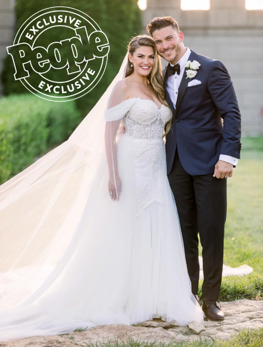 Brittany Cartwright-Jax Taylor-wedding-1