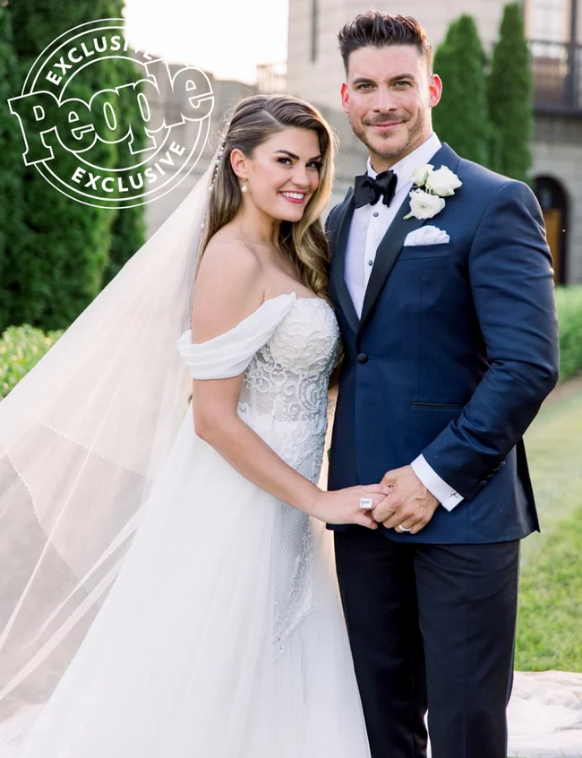 Brittany Cartwright-Jax Taylor-wedding-2